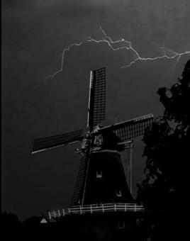 20210618_kjbats_onweer_molen.jpg