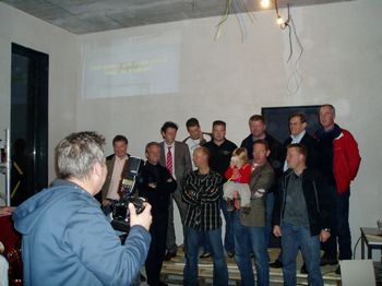 tn_dorpshuis%20vrijwilligers%20op%20foto.JPG