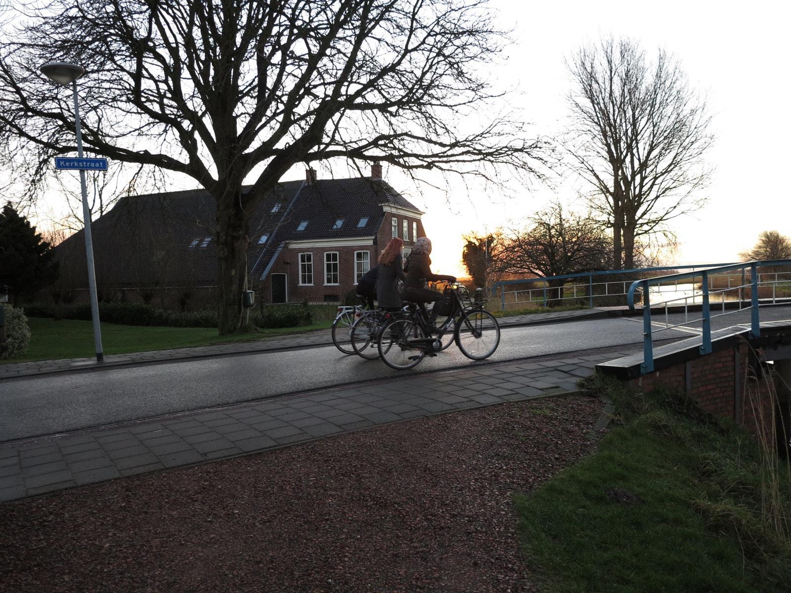 et-fiets-en-fietser-07-vriendinnen-oi.jpg