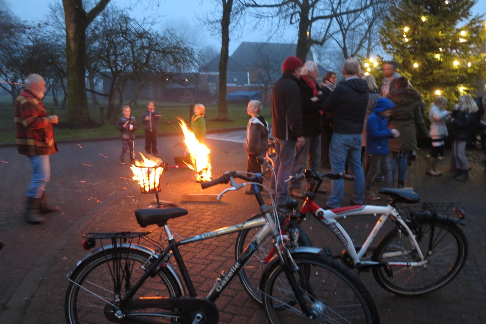 et-fiets-en-fietser-121-kerstboom-op-smidshouk-oi.jpg
