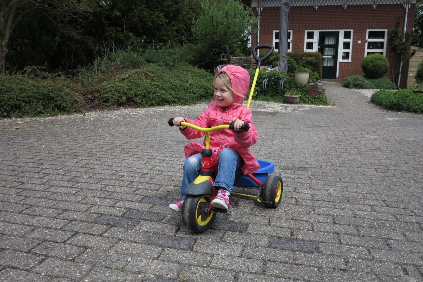 et-fiets-en-fietser-31-mirthe,-kleindochter-henk-en-anita-blaauw-oi.jpg