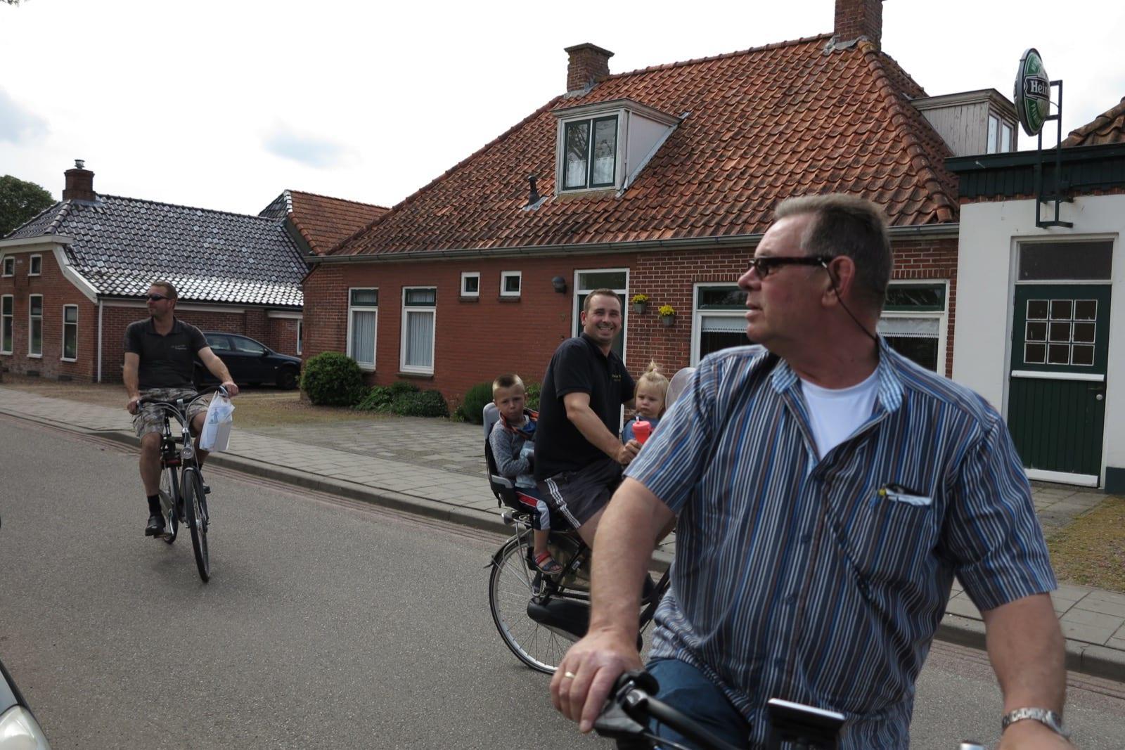 et-fiets-en-fietser-34-familie-v.d.-veen-oi.jpg