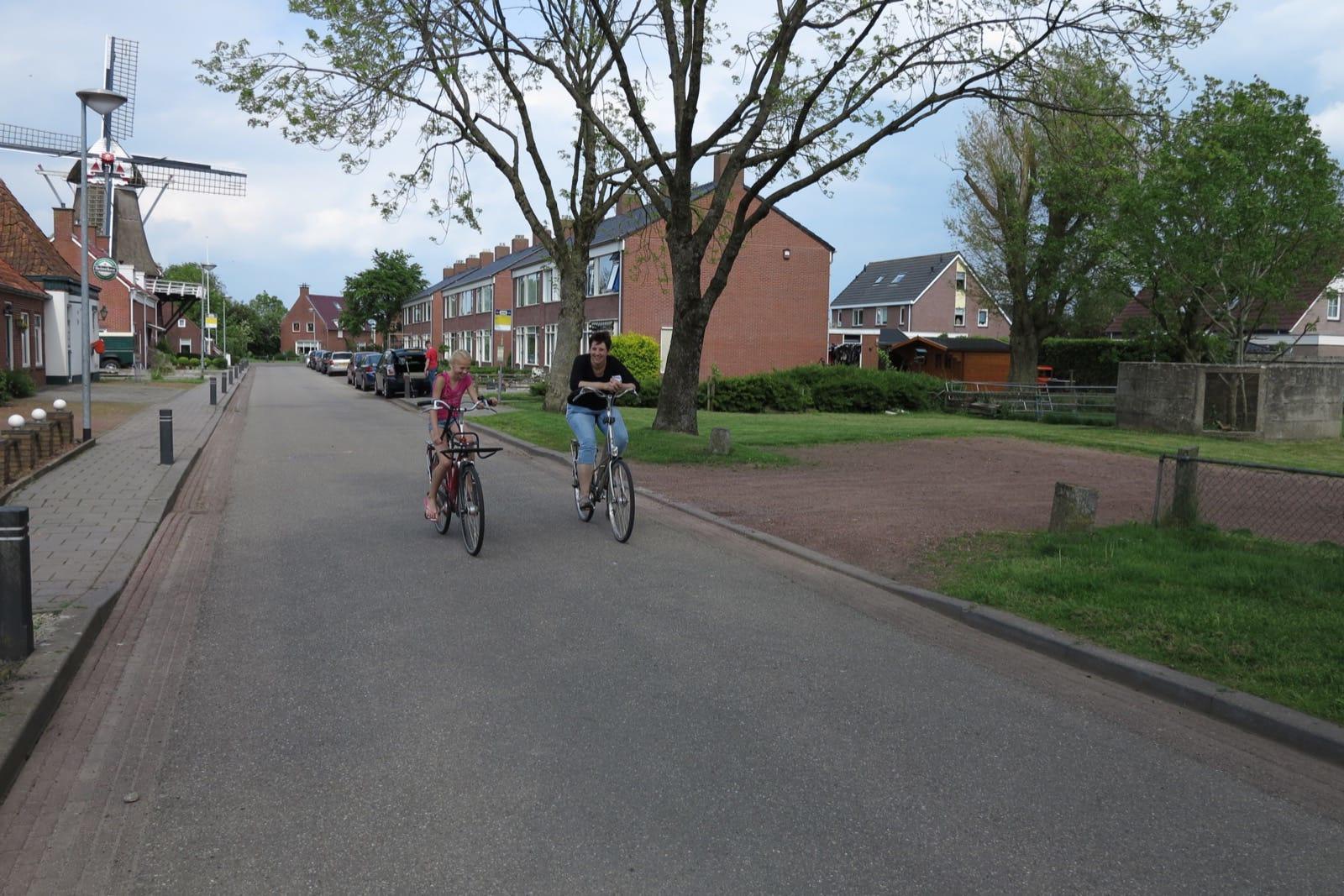 et-fiets-en-fietser-37-titia-van-zanten-en-dochter-oi.jpg
