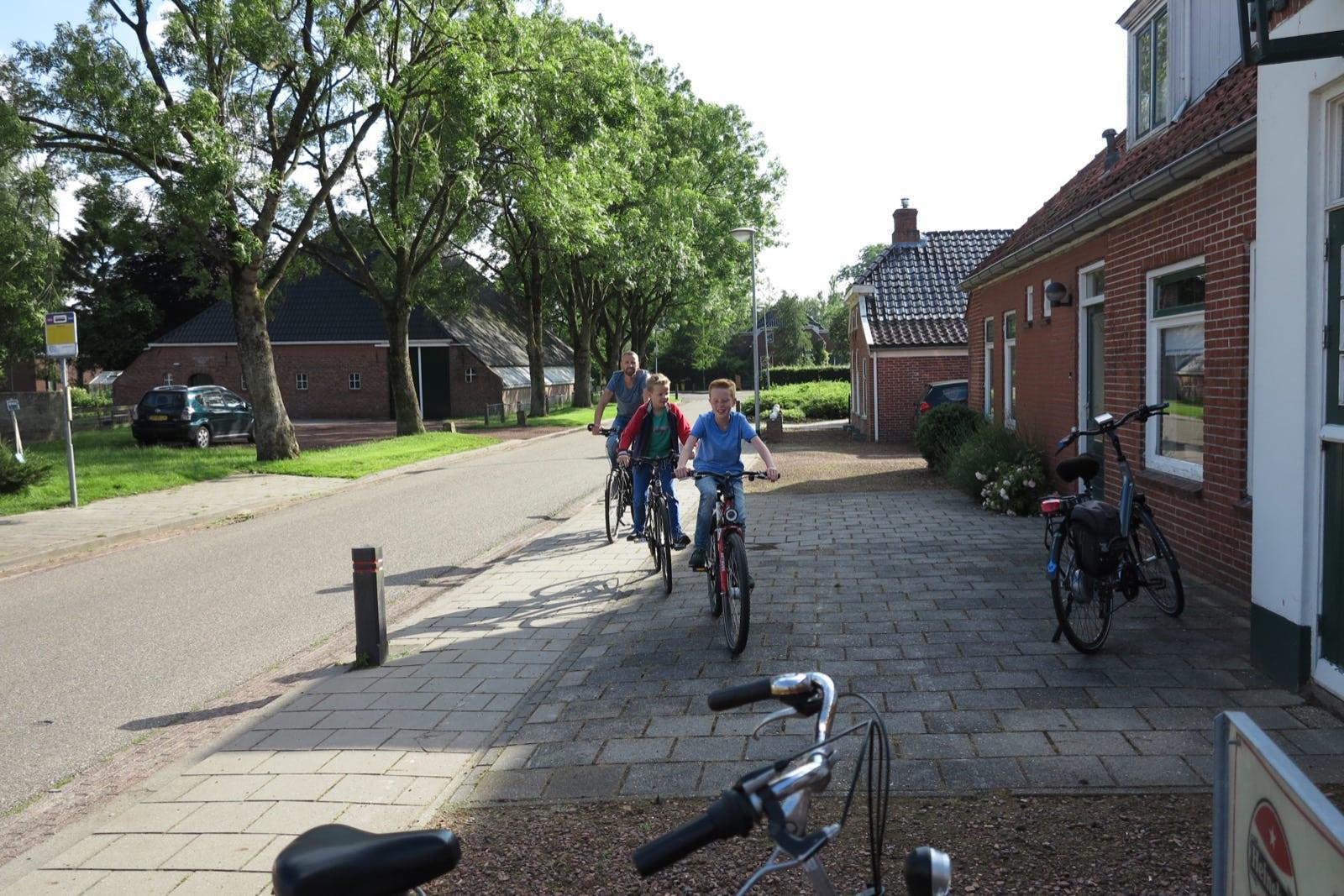et-fiets-en-fietser-46-thesinger-fietstocht-fam.-johan-oomkes-oi.jpg