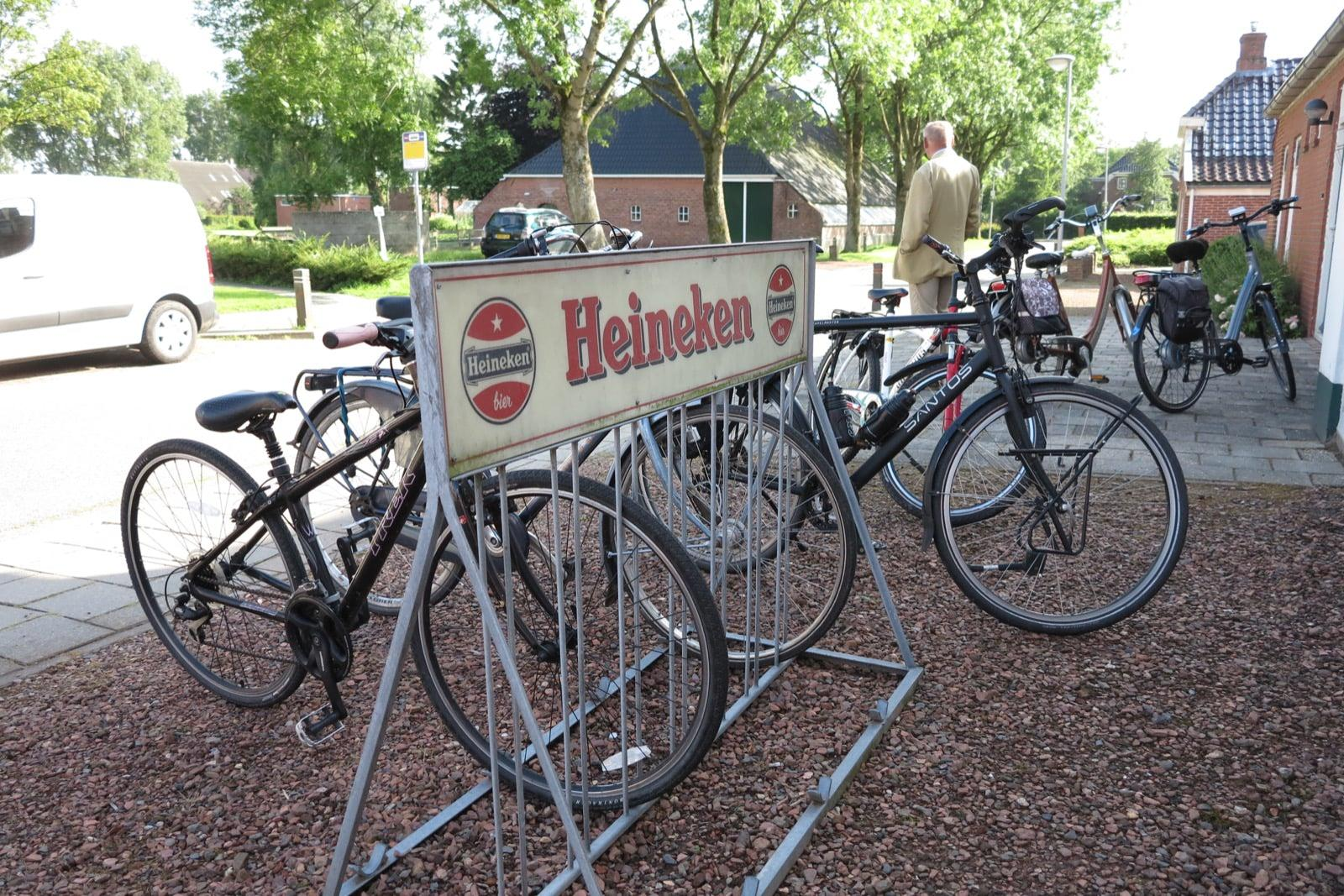 et-fiets-en-fietser-50-thesinger-fietstocht---quiz-master-jacob-vd-wouden-oi.jpg