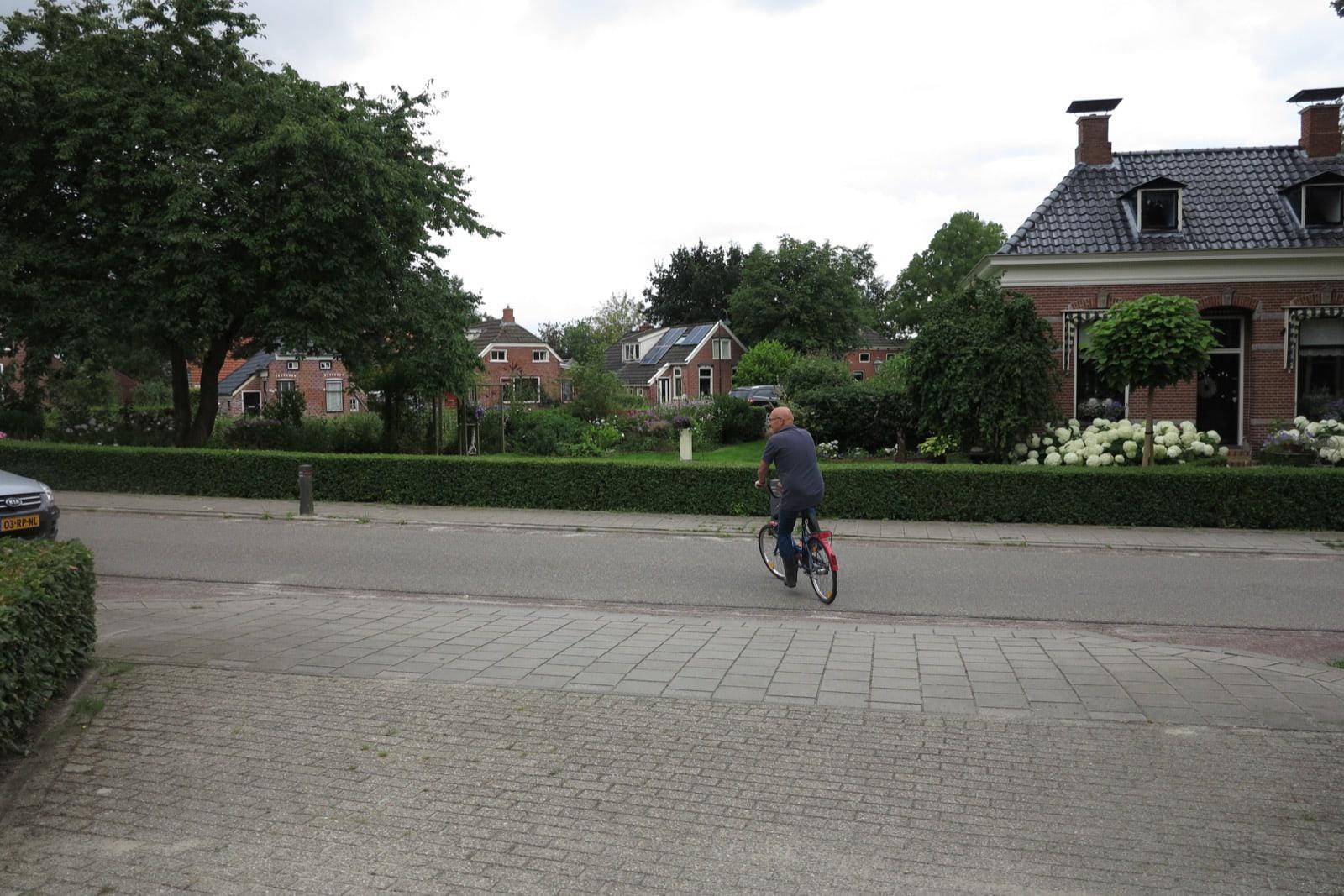 et-fiets-en-fietser-58-kees-van-zanten-op-vouwfietsje-oi.jpg