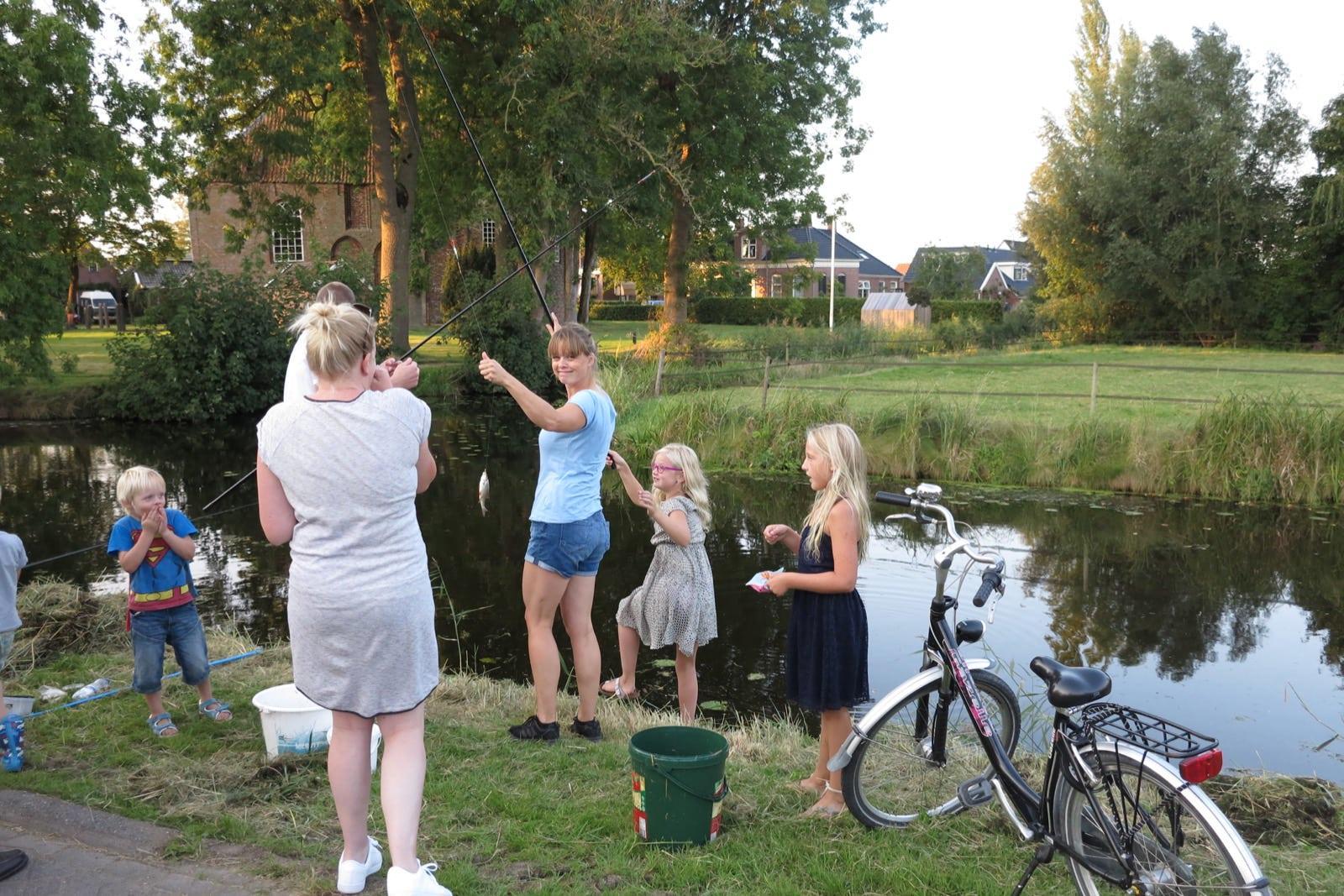 et-fiets-en-fietser-83-viswedstrijd-2016-beet!!-karin-oi.jpg