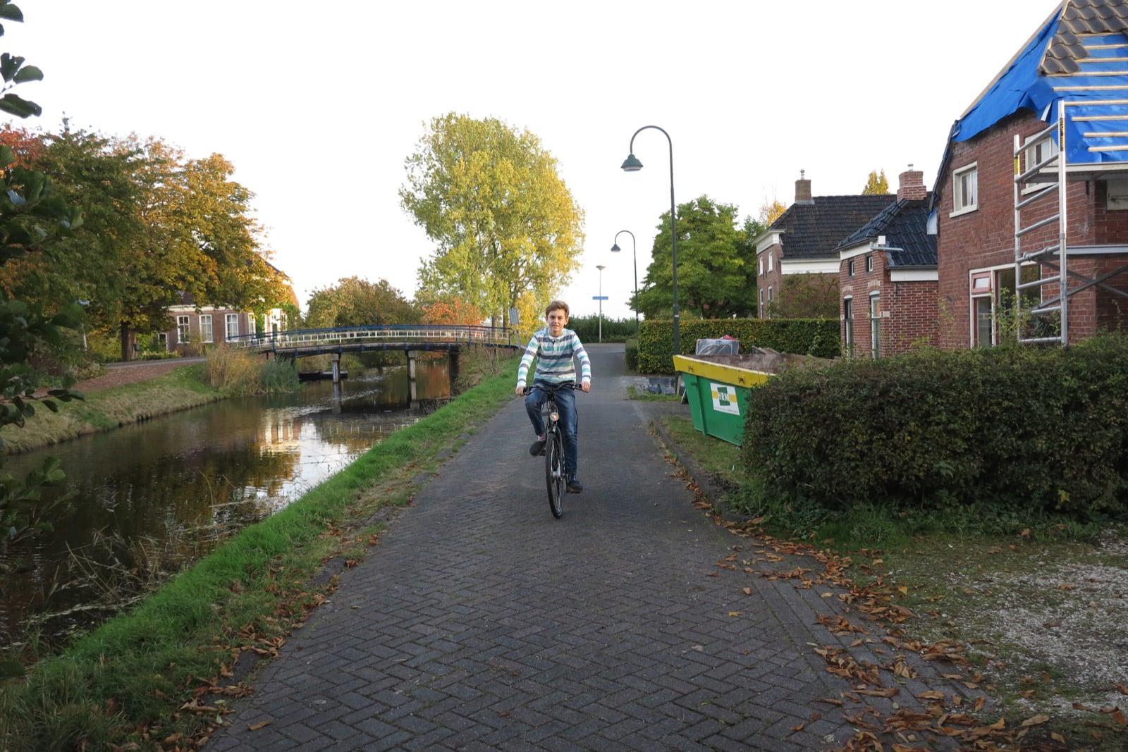 et-fiets-en-fietser-90-ale-ten-cate---de-dijk-3-oi.jpg