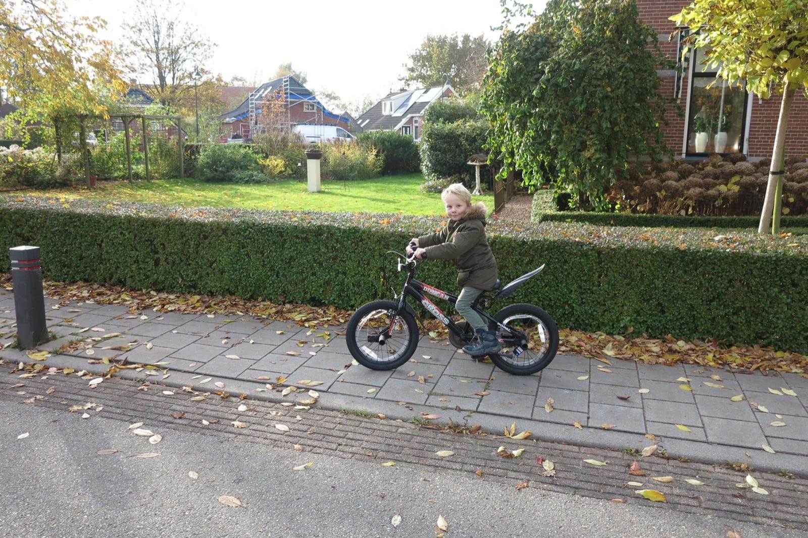 et-fiets-en-fietser-98-axel-blaauw-oi.jpg
